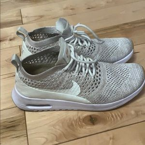Shoes - Size 8.5 fly knit Air Max Thea Ultra